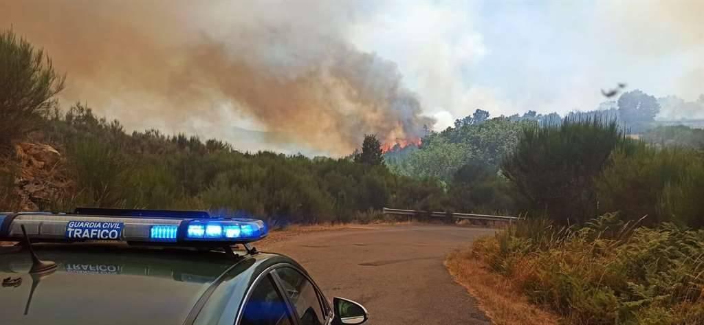 Incendio en San Cristovo (Cualedro)